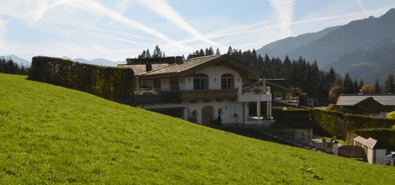 1_kitzbhelerlandhausinpanoramalagemfobjektimmobilienfranzschinnerl.png