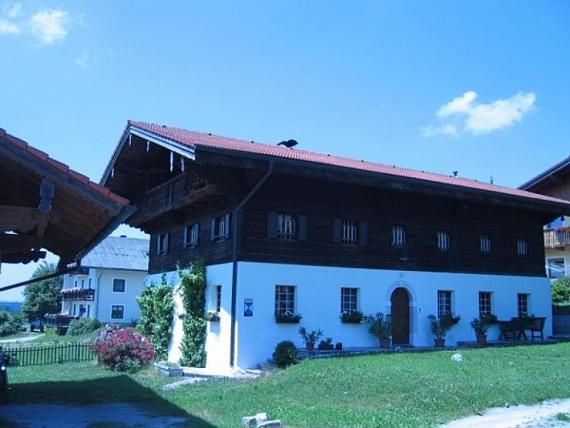 2_mfimmobilienbauernhof1.jpg