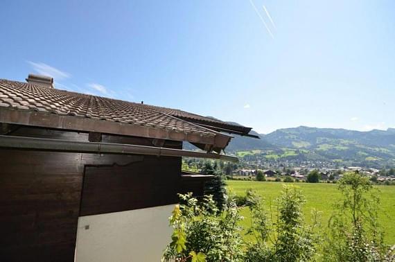 2_mfimmobilienlandhaus2.jpg